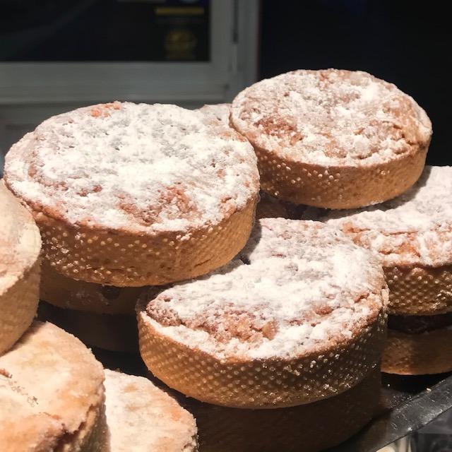 les fameux Ker Mel, pâtisserie rose La Briacine