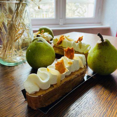 Pâte à choux crème mascarpone à la vanille et poires pochées, par François Jehannin à la Briacine