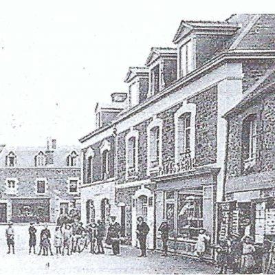 Pâtisserie La Briacine - photo ancienne de la pâtisserie rose de Saint-Briac
